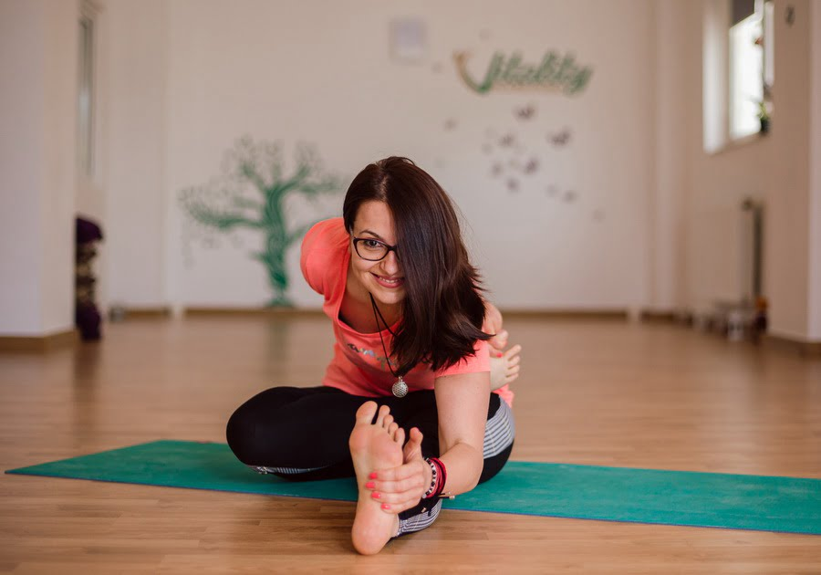 clase yoga in studio
